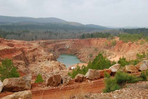 The commercial section of the crystal mine.